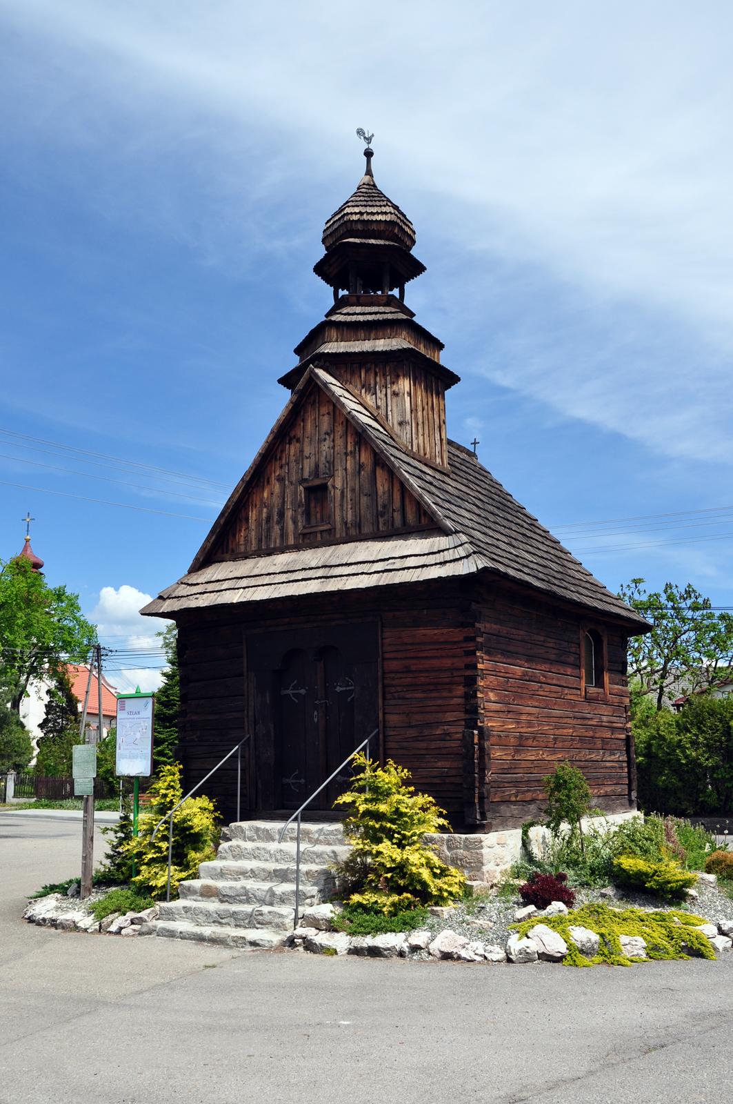 Buków - kapliczka MB Różańcowej z 1770 roku