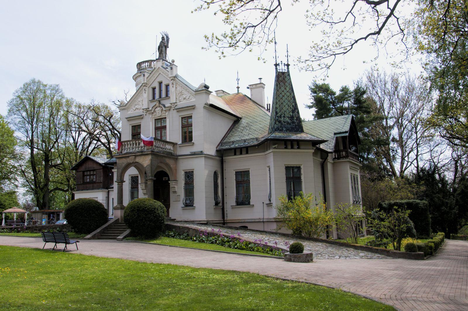 Oblęgorek - Pałacyk Henryka Sienkiewicza