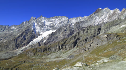 widok z drogi na Matterhorn