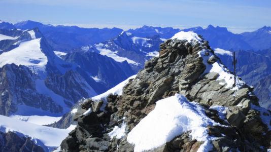 Matterhorn - widok na włoski wierzchołek